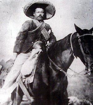Fig. 1: Pancho Villa til hest.