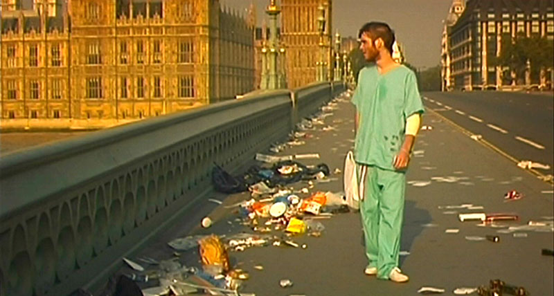 Fig. 4: 28 Days Later. Teknologiens overtag og ukontrollable pandemier er ofte fantasierne, der udraderer verdens befolkning.