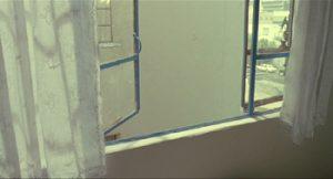 Fig. 24: …og ud af vinduet.