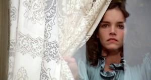 Fig. 6: Elizabeth (Brooke Adams) – hvad gemmer der sig derude?