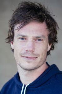 Fig. 8: Rasmus Heisterberg har fungeret som dramaturgisk konsulent på såvel Testamentet som Blodets bånd. Som manuskriptforfatter står Heisterberg bag fiktionsfilm som Kongekabale (2004), Mænd der hader kvinder (2009) En kongelig affære (2012) og senest Fasandræberne (2014).