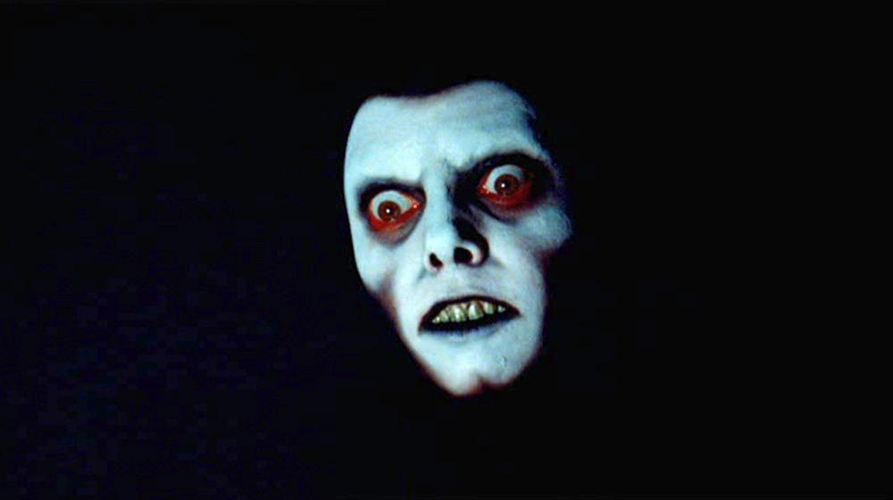 Fig. 14: Det subliminale indklip af dæmonens ansigt i Karras' mareridt illustrerer, at dæmonens styrke er tiltagende.