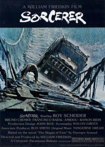 Fig. 1. Sorcerers filmplakat, der blev designet af Richard L. Albert, indkapslede den ene af de to lastbilers livsfarlige brokrydsning i junglen.