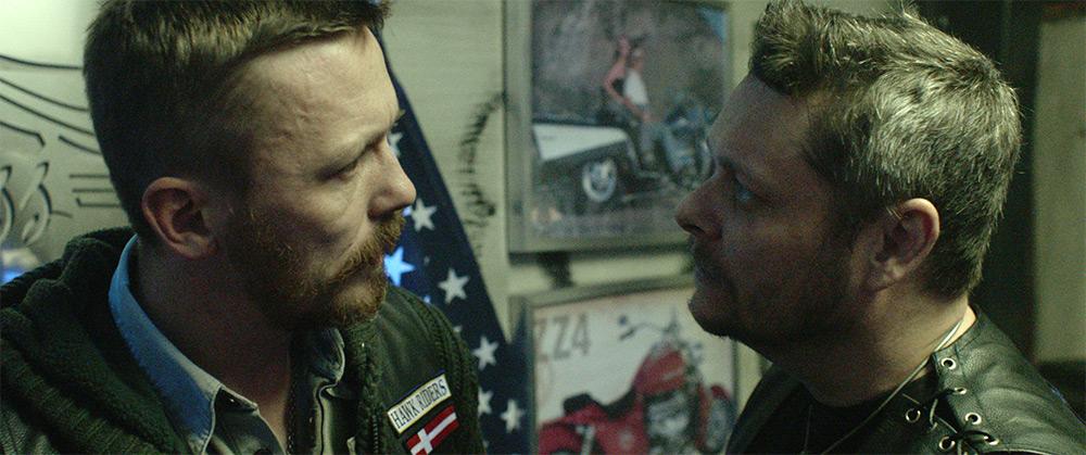 Fig. 9: Henrik Vestergaard og Lars Torp Christoffersen inkarnerer to rocker-venner fra det mørke Jylland.