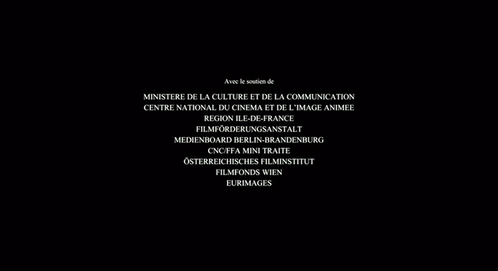 Fig. 1: En typisk stille titelsekvens uden underlægningsmusik, her fra Amour.