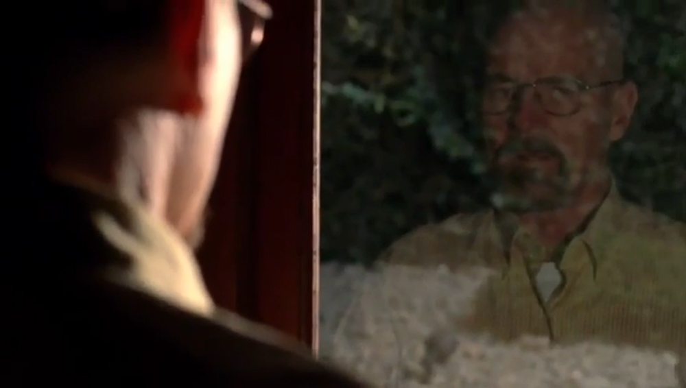 Fig. 11: Mirror motifs and low-key lighting are both reminiscent of noir-films and tell us that Walter White has a dark side.