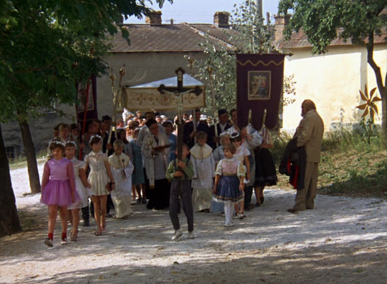 Fig. 14: Celebration in the Botanical Garden (dir. Elo Havetta, 1969). Havetta combined Slovakia's indigenous Catholicism with mystic and magical elements.